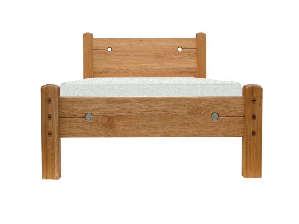 Tömör fa ágy