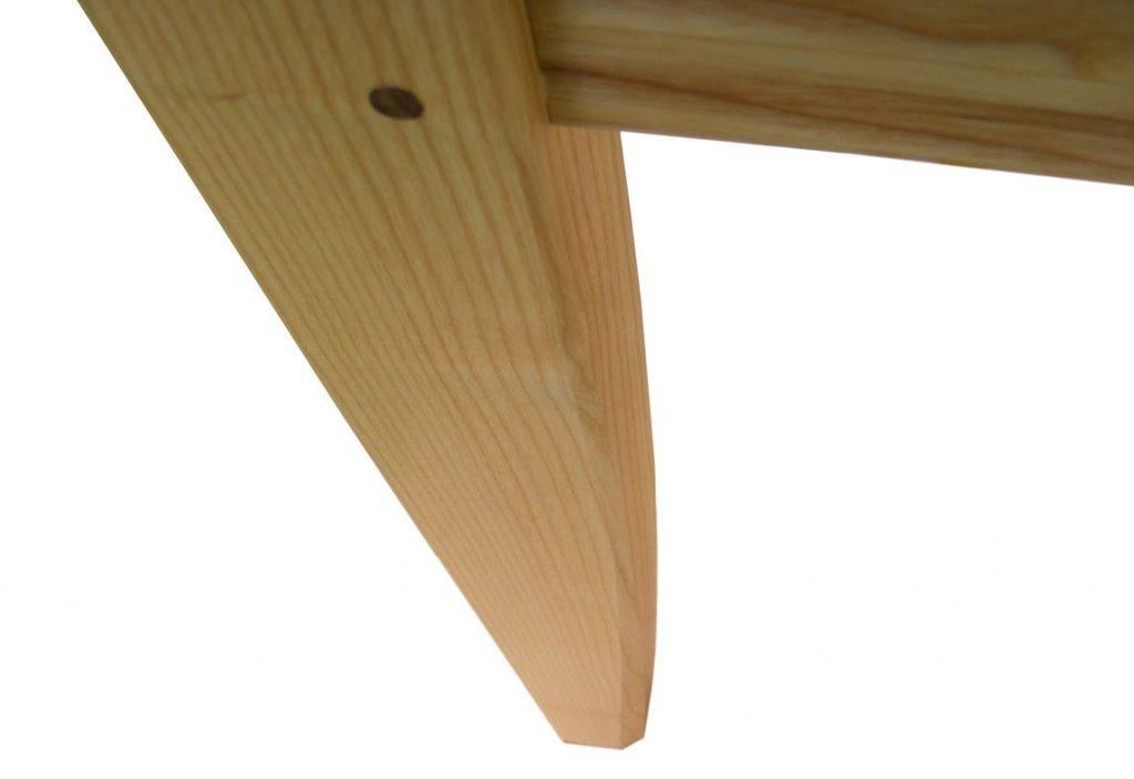 Fa étkezőasztal