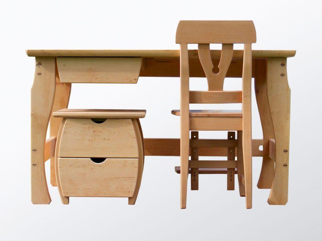 Íróasztal gyerekszobába